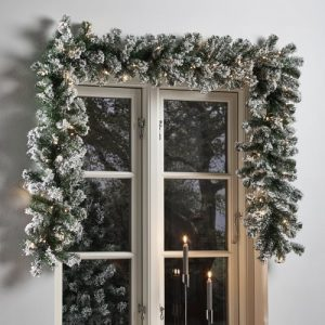 Nordic Winter kunstig granguirlande med lys og sne